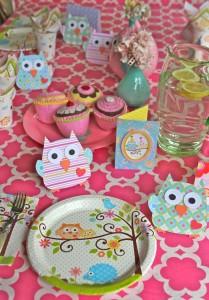 narozeninový stůl
