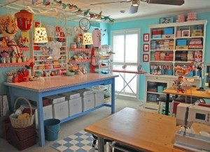 Decorating-ideas-for-a-sewing-room-3